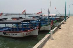 Pengunjung Objek Wisata Pantai di Jepara Turun 70 Persen