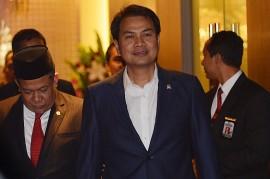 Separuh Anggota Fraksi Golkar Tolak Aziz Syamsuddin Jadi Ketua