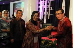 Brebes Terima Penghargaan Kabupaten Peduli HAM
