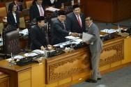 DPR Resmi Sahkan UU Kepalangmerahan