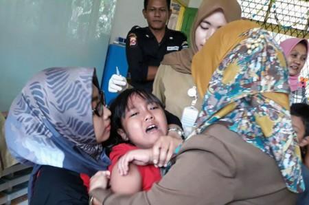 Berani Tega Demi Terhindar Difteri