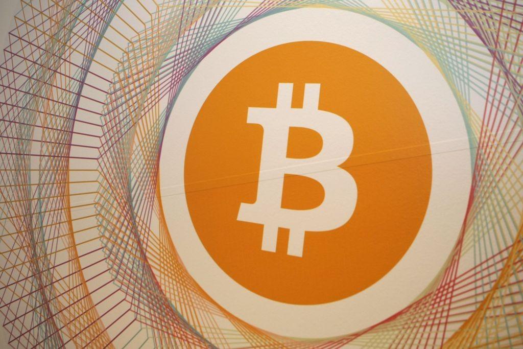 Ojk Berencana Atur Transaksi Investasi Bitcoin Medcom Id