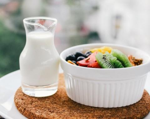 Pada Usia Berapa Susu UHT Aman untuk Anak?