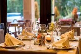 3 Rahasia Restoran yang Membuat Anda Makan Lebih Banyak
