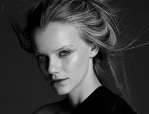 Cermati 6 Efek dari Prosedur Pelurusan Rambut di Salon