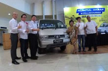 Suzuki Kumpul Bareng Wirausahawan Carry Pick-up di Surabaya