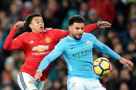 Guardiola: Kyle Walker Bek Terbaik Manchester City