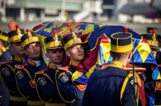 Warga Rumania Beri Penghormatan Terakhir ke Raja Michael