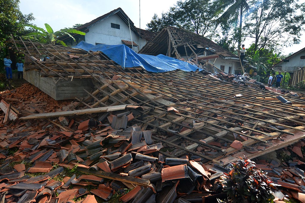 Potret Kerusakan Akibat Gempa 6,9 SR