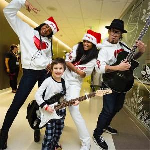 Ciara dan Kelly Rowland Hibur Anak-anak di Rumah Sakit