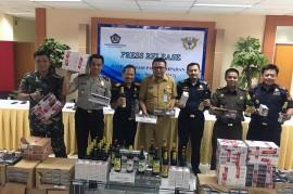 Bea Cukai Banten Sita Puluhan Ribu Botol Miras