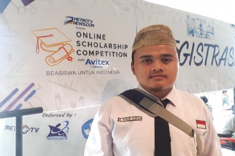 Muhammad Afnani Alifian, salah satu penerima beasiswa OSC, asal Probolinggo, Medcom.id - Husen Miftahudin