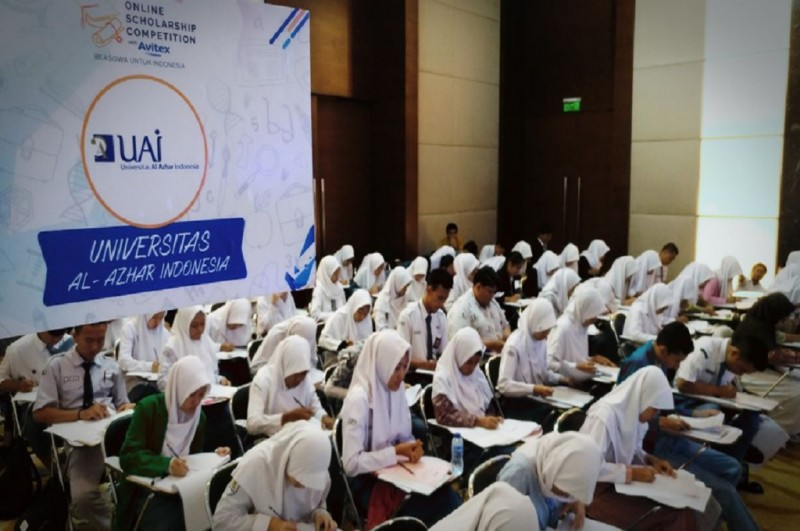 Ratusan siswa SMA mengikuti seleksi offline OSC di Mal Kuningan City, Jakarta, Senin, 18 Desember 2017, sumber foto Metrotvnews.com