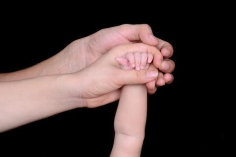 Cerita dan Alasan di Balik Kokohnya Sosok Seorang Ibu