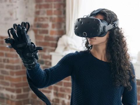 Sarung Tangan Haptx Bikin VR Lebih Nyata