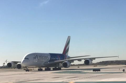 Tunisia Larang Maskapai Emirates Mendarat di Tunis