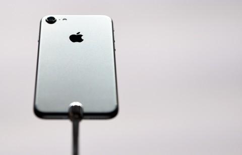 Apple Pasang Modem MediaTek untuk iPhone Tahun Depan?