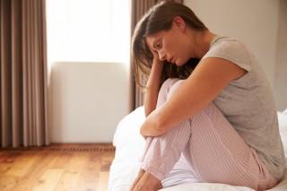 Tuntutan Sosial Membuat Wanita Lebih Rentan Depresi