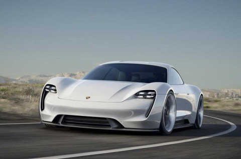 Porsche Mission E Bakal DIproduksi dengan 3 Varian
