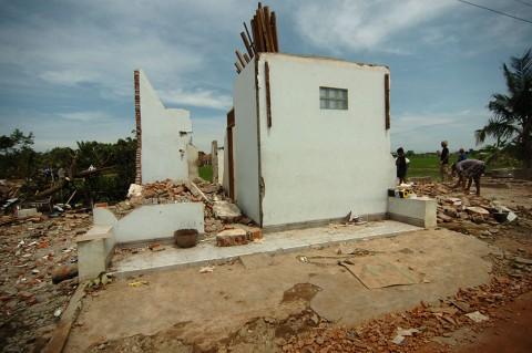 Ratusan Rumah di Pemalang Rusak Diterjang Puting Beliung