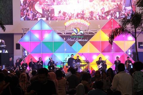Kemeriahan Malam Pergantian Tahun di Summarecon Mal Bekasi