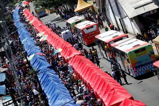 Suasana penataan PKL di Tanah Abang, Jakarta Pusat. Foto: MI/Rommy Pujianto
