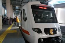Mengarungi Kereta Bandara Soekarno-Hatta