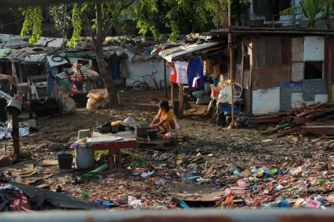 Lima Tahun Menjabat, Anies-Sandi Bidik Turunkan Kemiskinan 1%