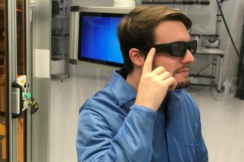 Kacamata Pintar AR Didukung Alexa Muncul di CES 2018