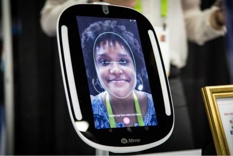 HiMirror Mini, Cermin Cerdas Penilai Kondisi Kulit