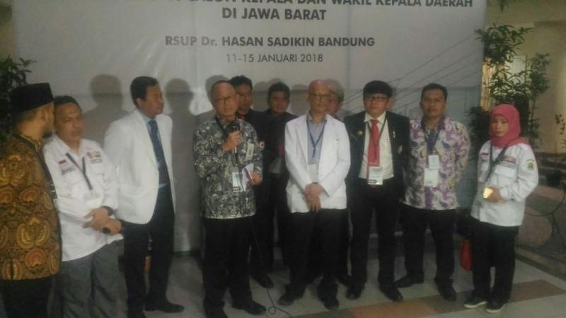 Tim Pemeriksa kesehatan bapaslon Gubernur dan Wakil Gubernur Jabar di RSHS Bandung, Kamis 11 Januari 2018.