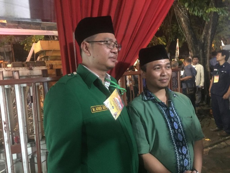 Kader PPP Djan Faridz saat ikut mengantar pasangan cagub/cawagub Saifullah Yusuf alias Gus Ipul-Puti Guntur Soekarno. (Medcom.id/Amal).