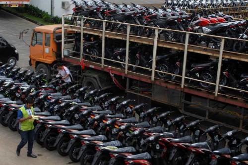 Penjualan motor tahun lalu turun dibandingkan tahun sebelumnya.