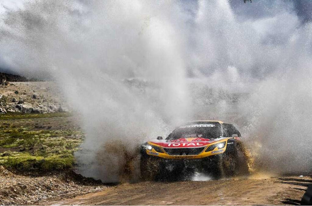 Carlos Sainz mengontrol jalannya balapan di etape 6 Dakar Rally 2018. Dakar
