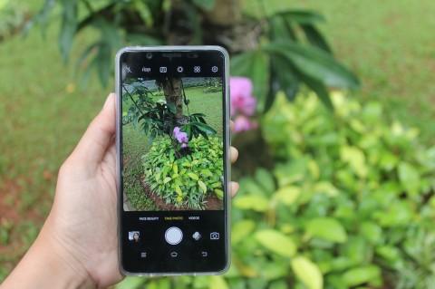 Vivo V7, Bisa Selfie Bokeh Pakai Satu Kamera