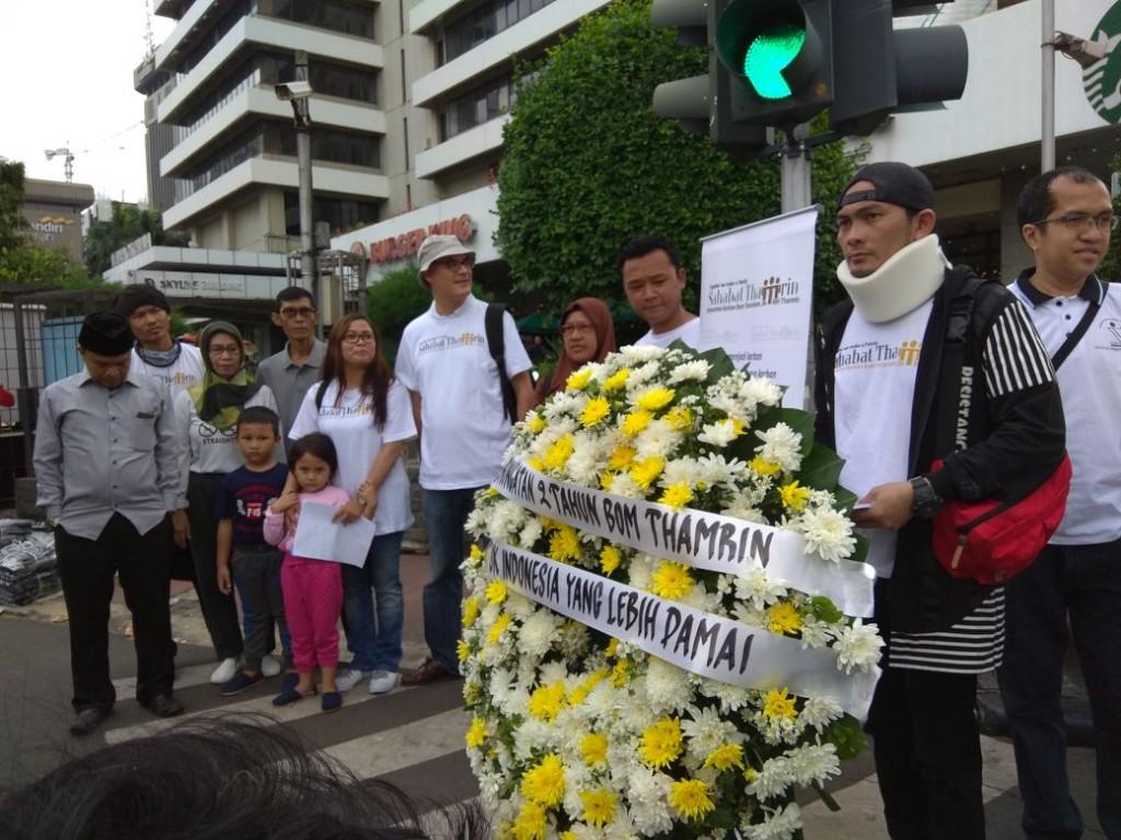 Agus Kurniawan (kanan) saat peringatan dua tahun bom Thamrin. Foto: Medcom.id/Marcheila Ariesta.