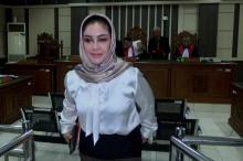 Wali Kota Tegal Nonaktif Siti Masitha Didakwa Terima Suap Rp8,8 M