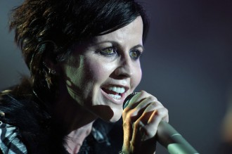 Vokalis The Cranberries Meninggal Dunia