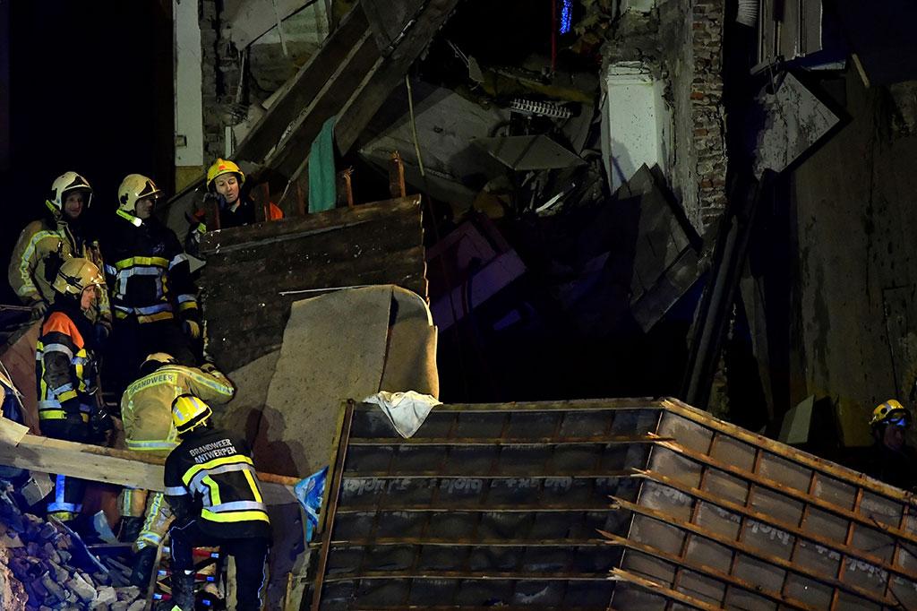 Sebuah Rumah di Belgia Runtuh akibat Ledakan Gas