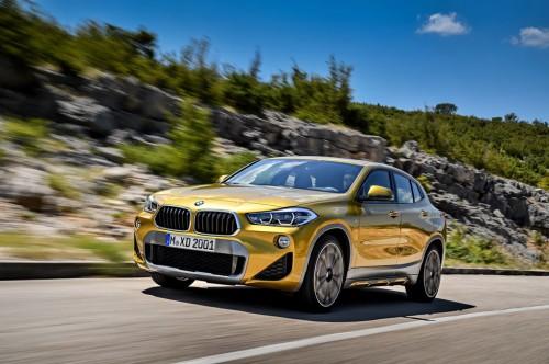 BMW X2 memiliki gaya crossover. BMW