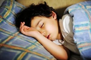 Beri 7 Makanan Ini Bila Si Kecil Susah Tidur