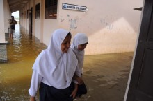 Banjir Rendam Sekolah di Pekalongan