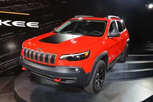 ?Jeep Cherokee 2019 facelifted tawarkan mesin baru2.0 liter.
