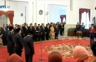 Presiden Jokowi Lantik Idrus Marham jadi Mensos