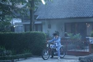 Tantangan Sutradara Fajar Bustomi Mengadaptasi Dilan ke Film
