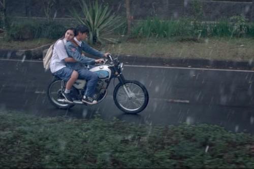 Cuplikan trailer Dilan 1990 (Foto: max pictures)