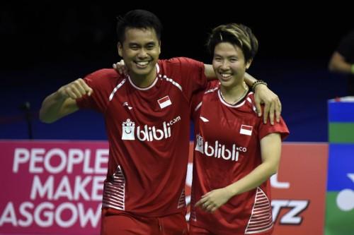 Tontowi Ahmad/Liliyana Natsir. (Foto: AFP/Andy Buchanan)