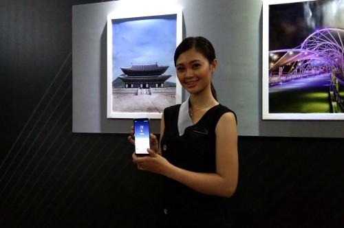 Samsung sebut selfie bukan fokus utamanya pada kamera pendukung