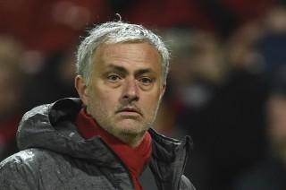 Manchester United Siapkan Kontrak Baru untuk Mourinho