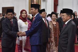 Momen Jokowi Lantik Menteri Baru, KSP, Watimpres dan KSAU